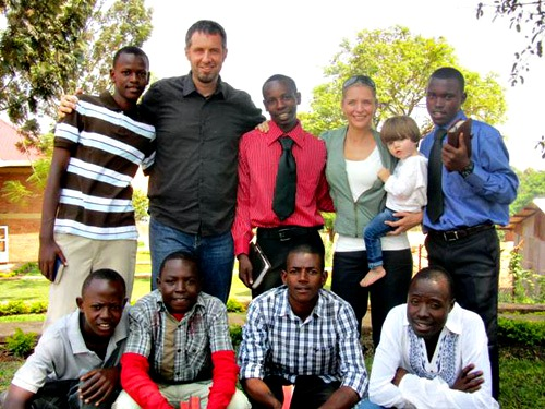 Dave & Suzette with Rwandan Family