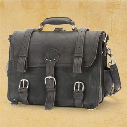 Classic Briefcase in Carbon